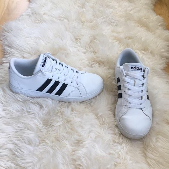 Adidas Shoes Splinterny størrelse 5 passer til 7 12Poshmark Størrelse 5 Drenge men fit kvinder størrelse 7 Poshmark